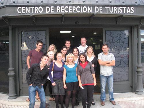 Grupo de alumnos alemanes y técnicos de Turismo en Cádiz